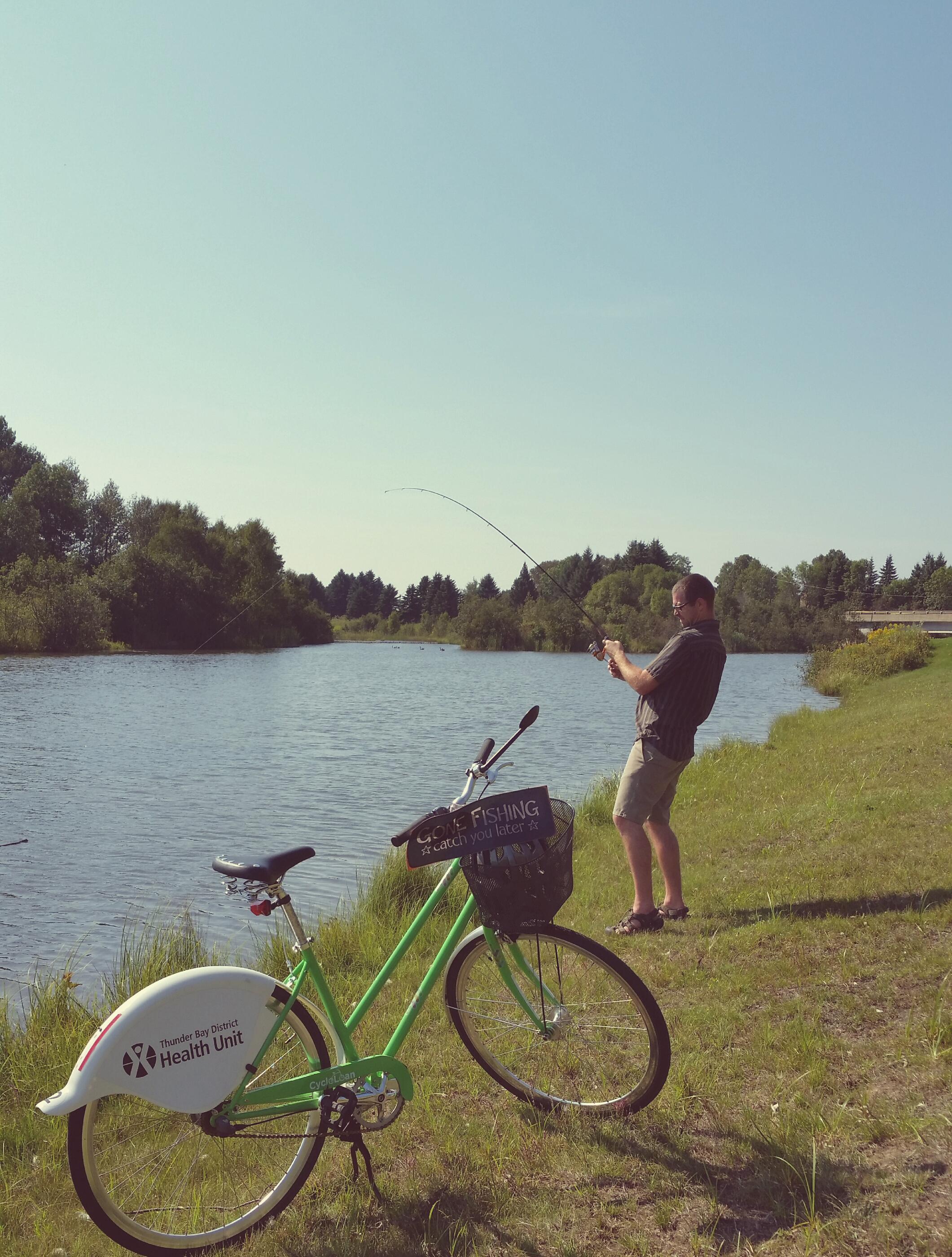 55e9ffbb381ea-fishing.jpg