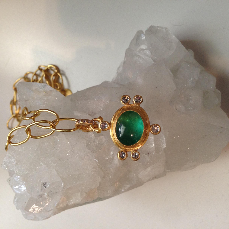 emerald diamond pendant.jpg