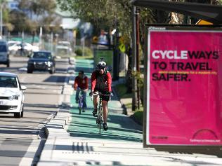 806815-cycling-in-sydney.jpg
