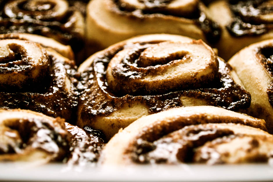 Cinnamon Rolls + Cream Cheese Frosting