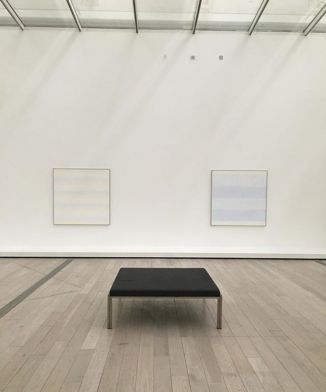What a treat to see these 2 of these 6 paintings by #agnesmartin. Natural light on a foggy day at #lacma
