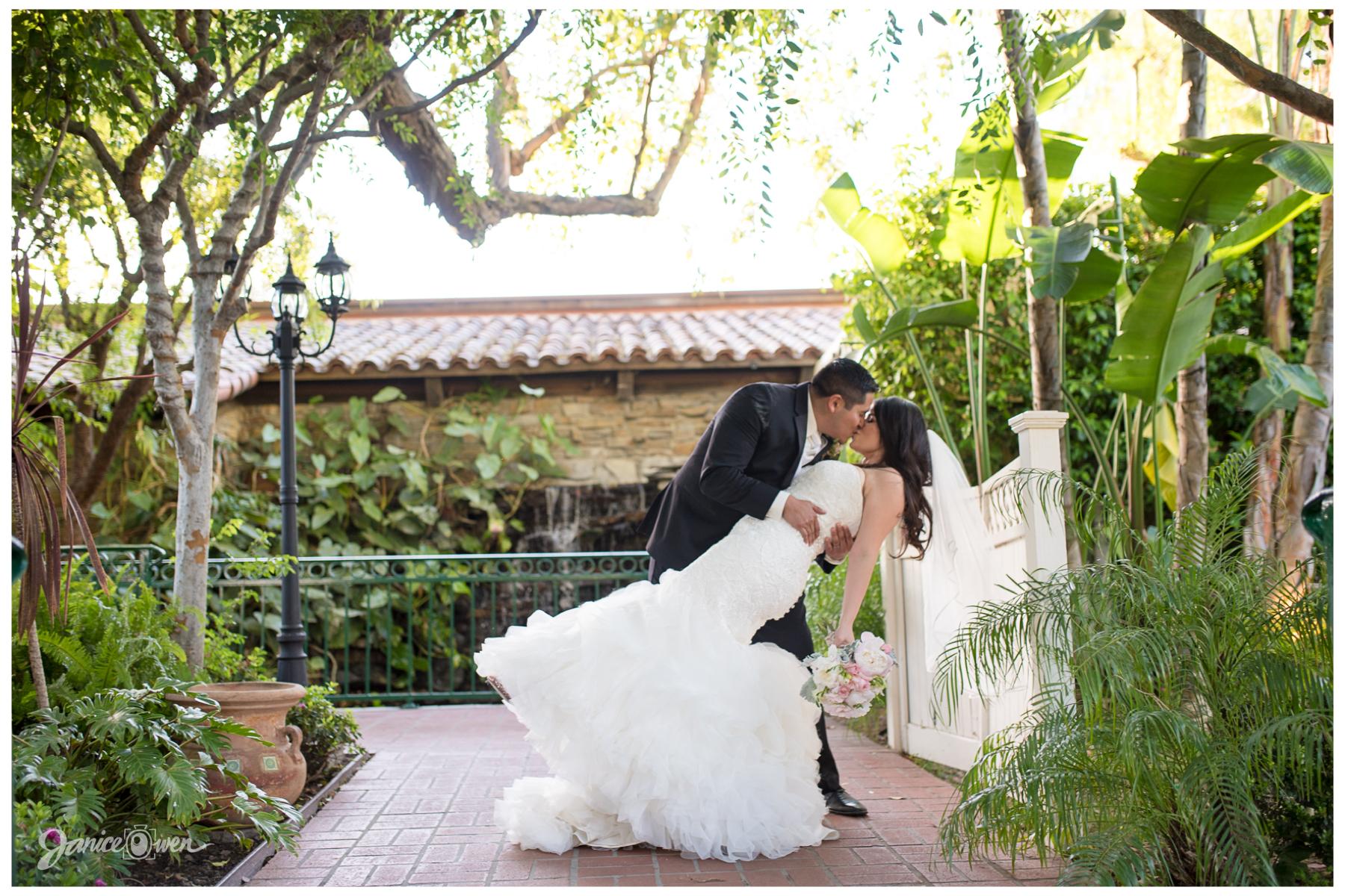Luminarias Monterey Park Wedding Photographer Mayra