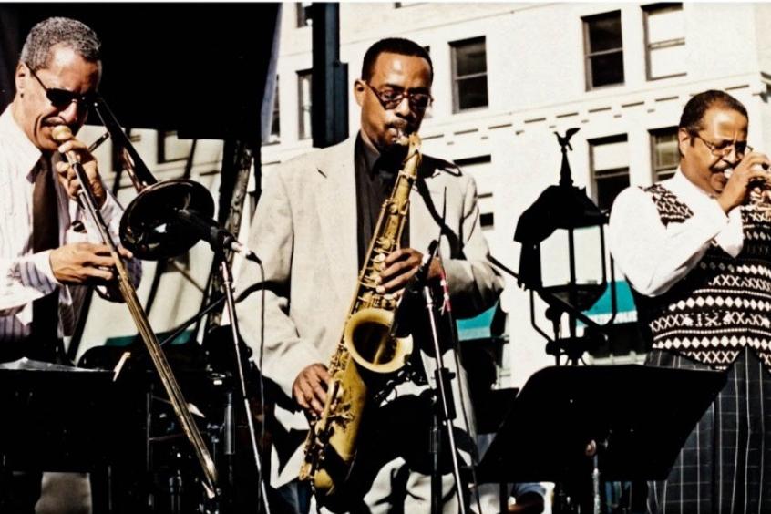 Bill McFarland & The Chicago Horns - Sunday, September 27, 2:00-3:00pmWagner Stage