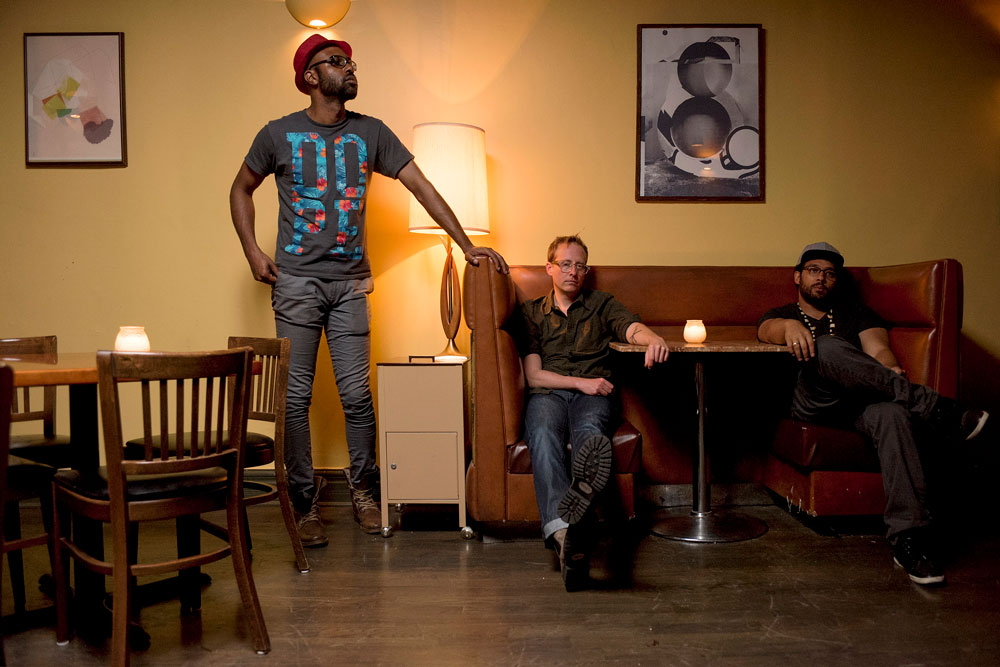 Trio Mokili -