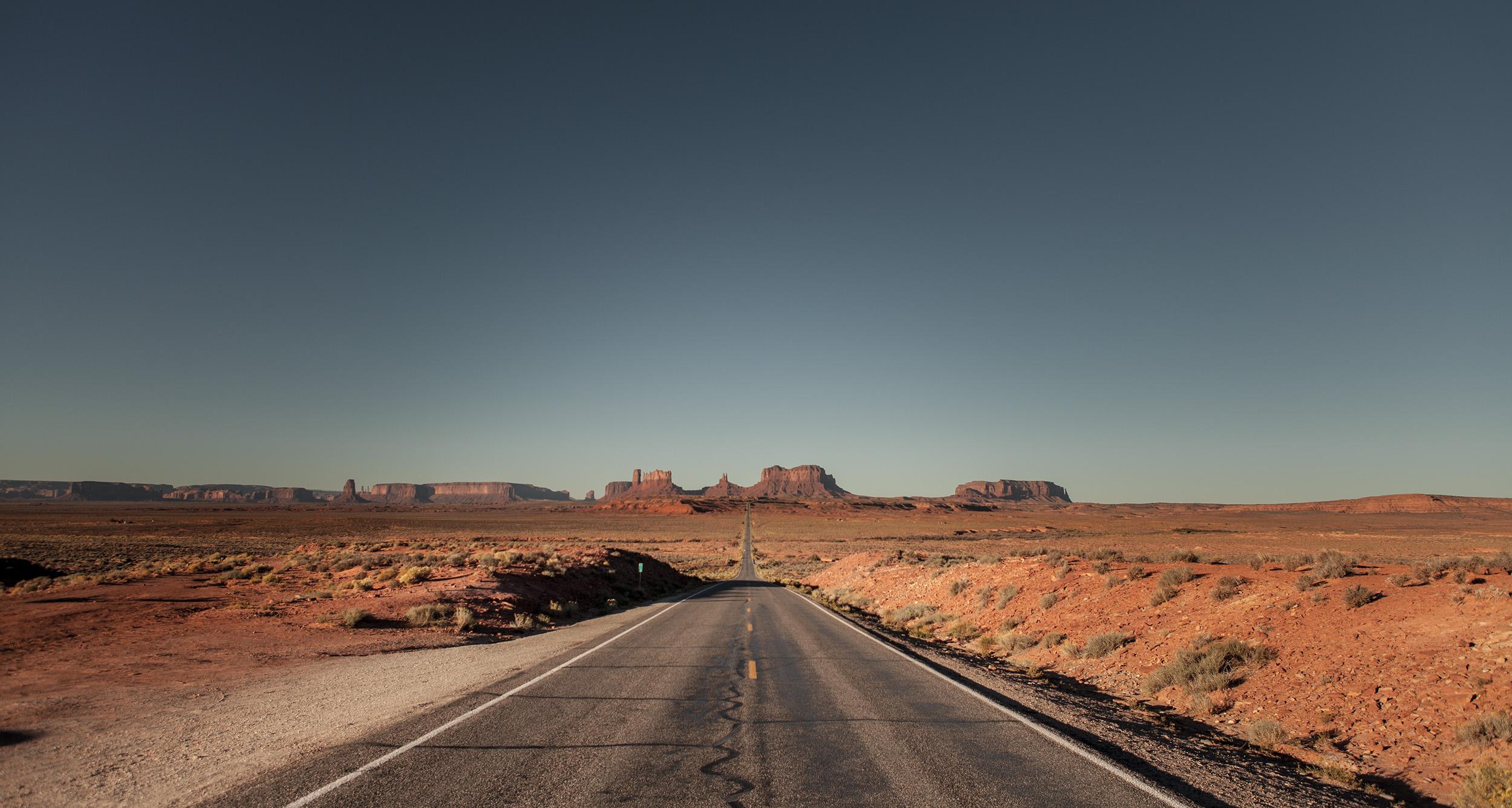 Monument Valley 7 - UT.jpg