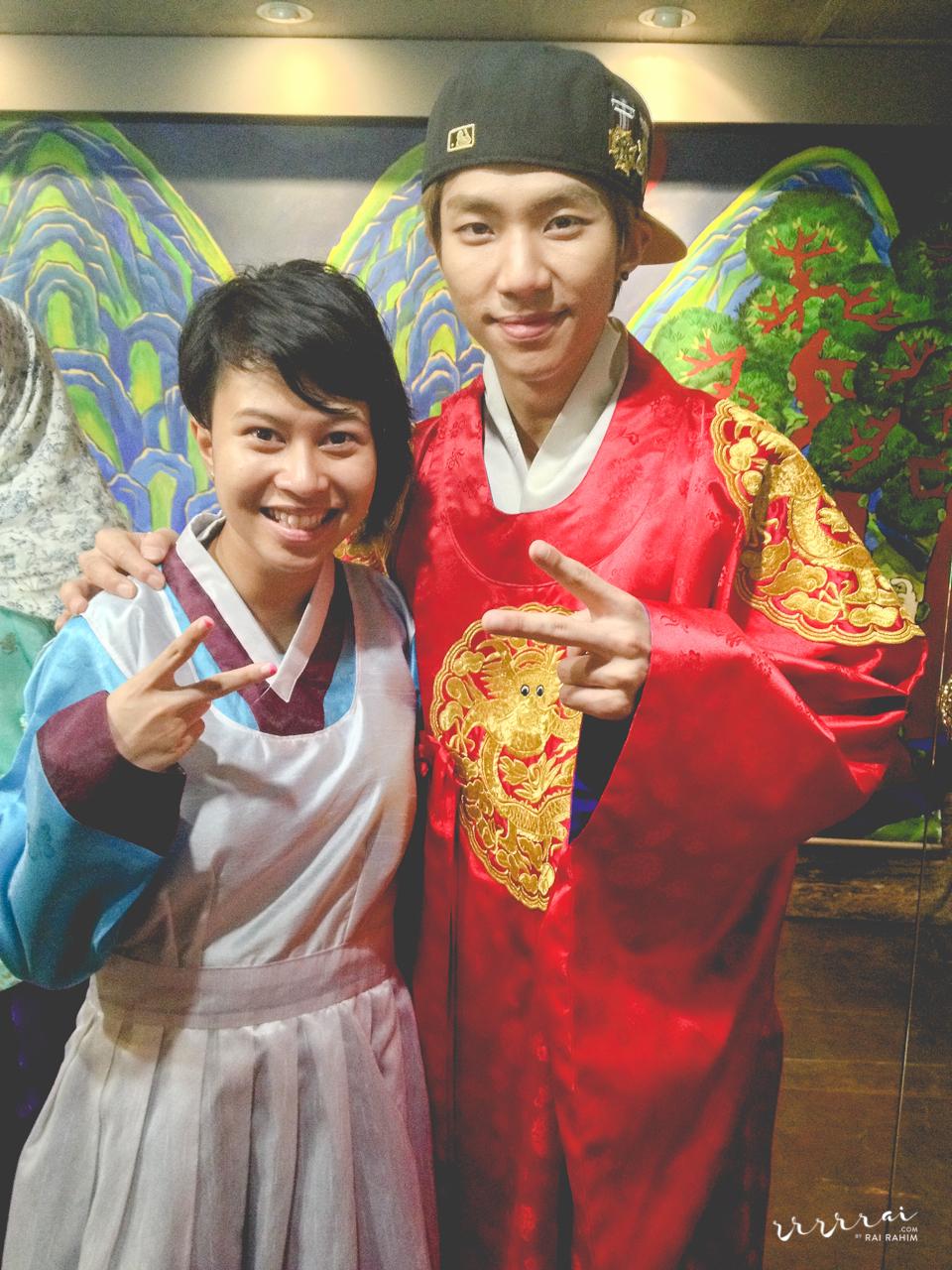 130903-wiki-korea-tour-6.jpg