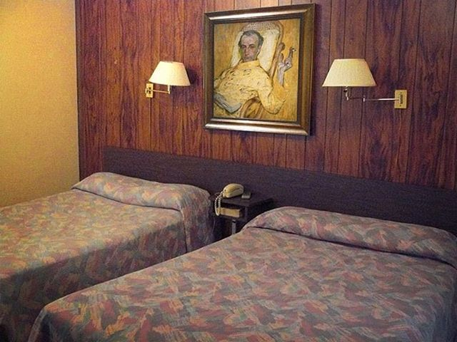 Great Art. Ugly room. #TheYellowScale #FrantisekKupka