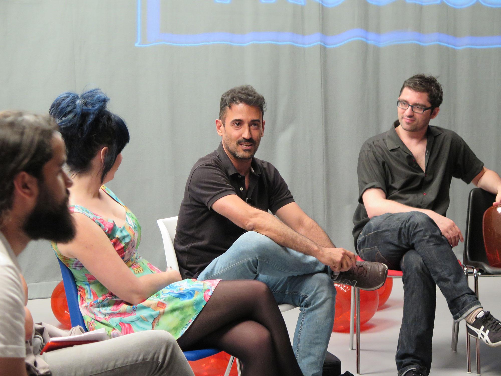 Zumo de Vídeo en  'El Manicomio, Laboratorio de Artes Visuales' .