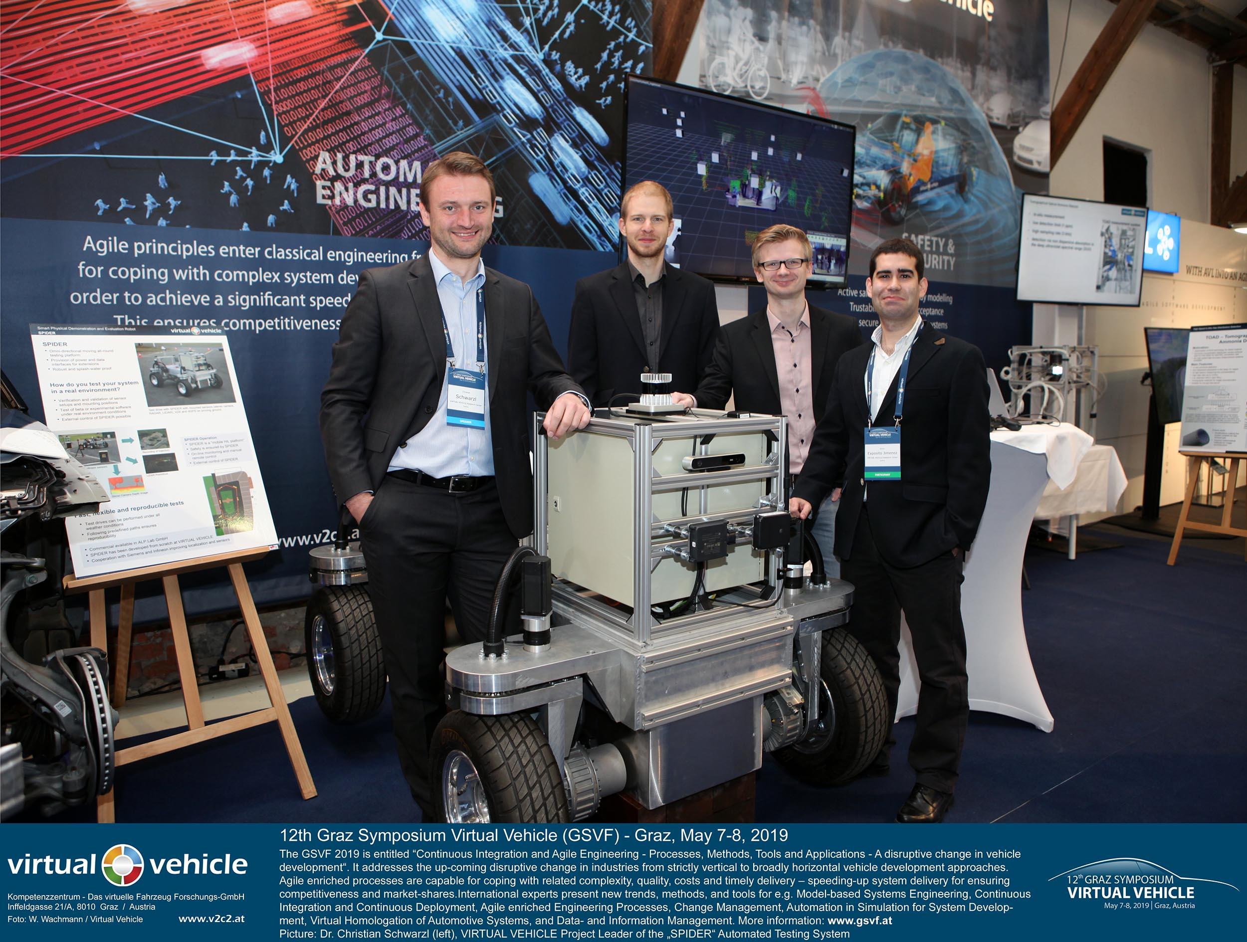 Das Team um Projektleiter Dr. Christian Schwarzl (VIRTUAL VEHICLE) zeigt SPIDER, eine Testplattform für Automatisiertes Fahren auf dem 12. Grazer Symposium Virtuelles Fahrzeug 2019. ©VIRTUAL VEHICLE