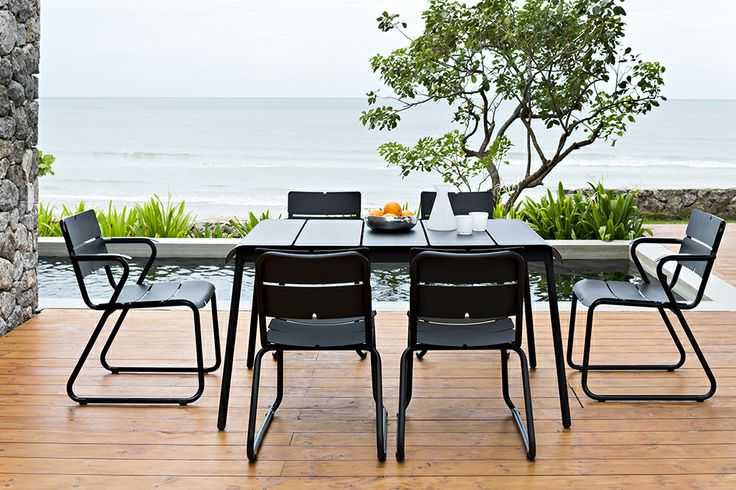 Corail Chairs from Oasiq.