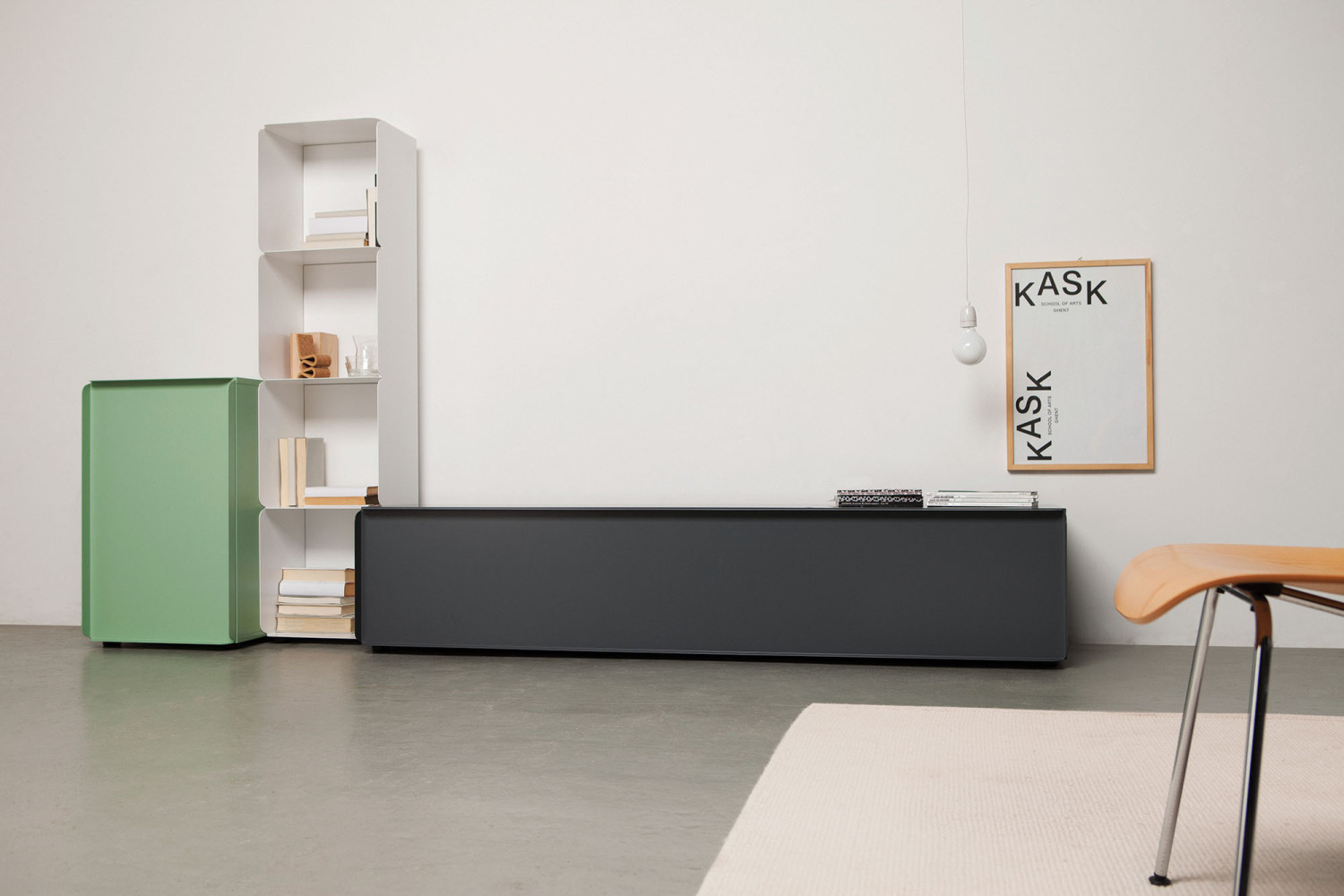 Collar Storage unit from Quodes.