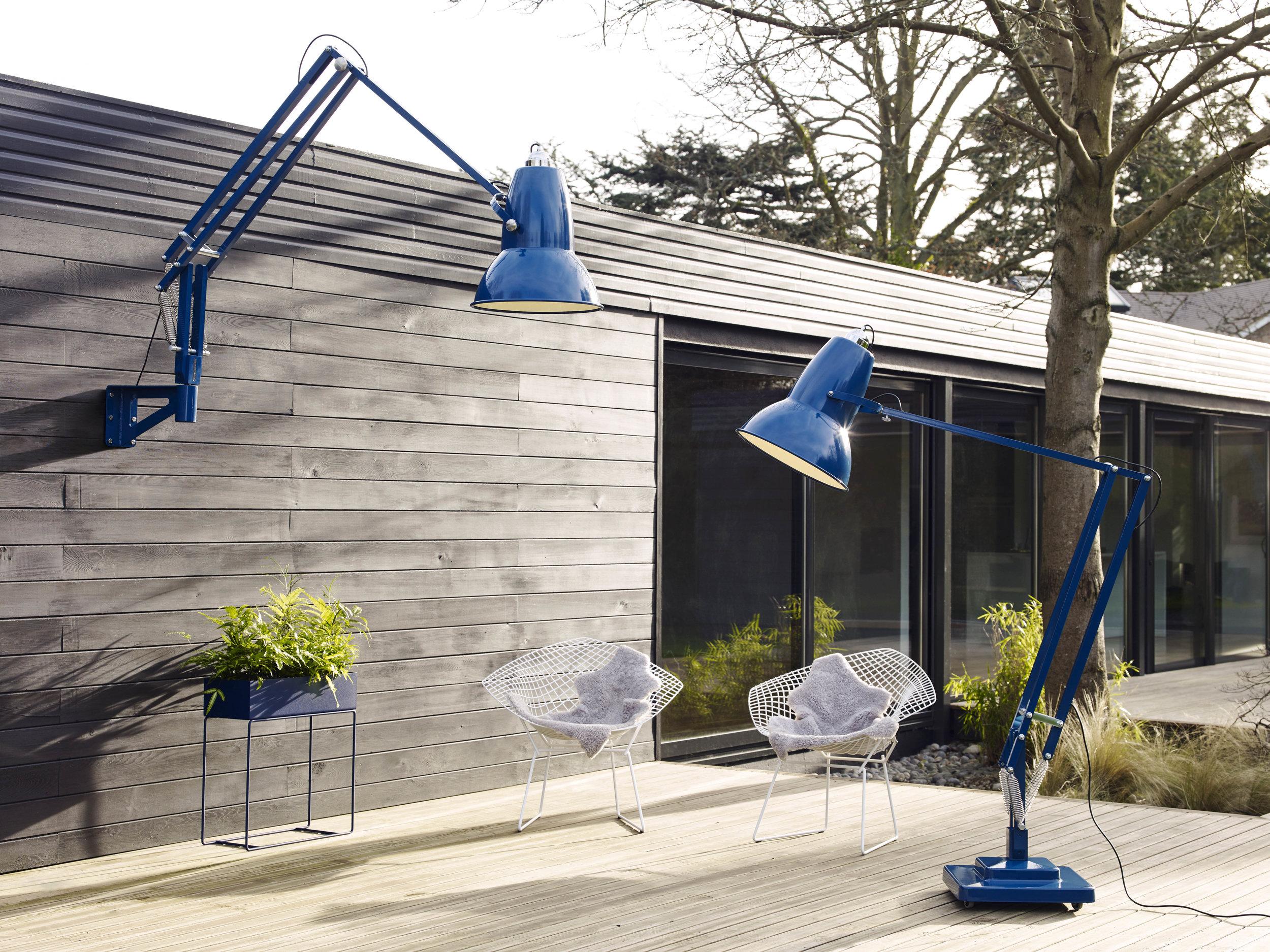 Original 1227 Giant Outdoor lamp