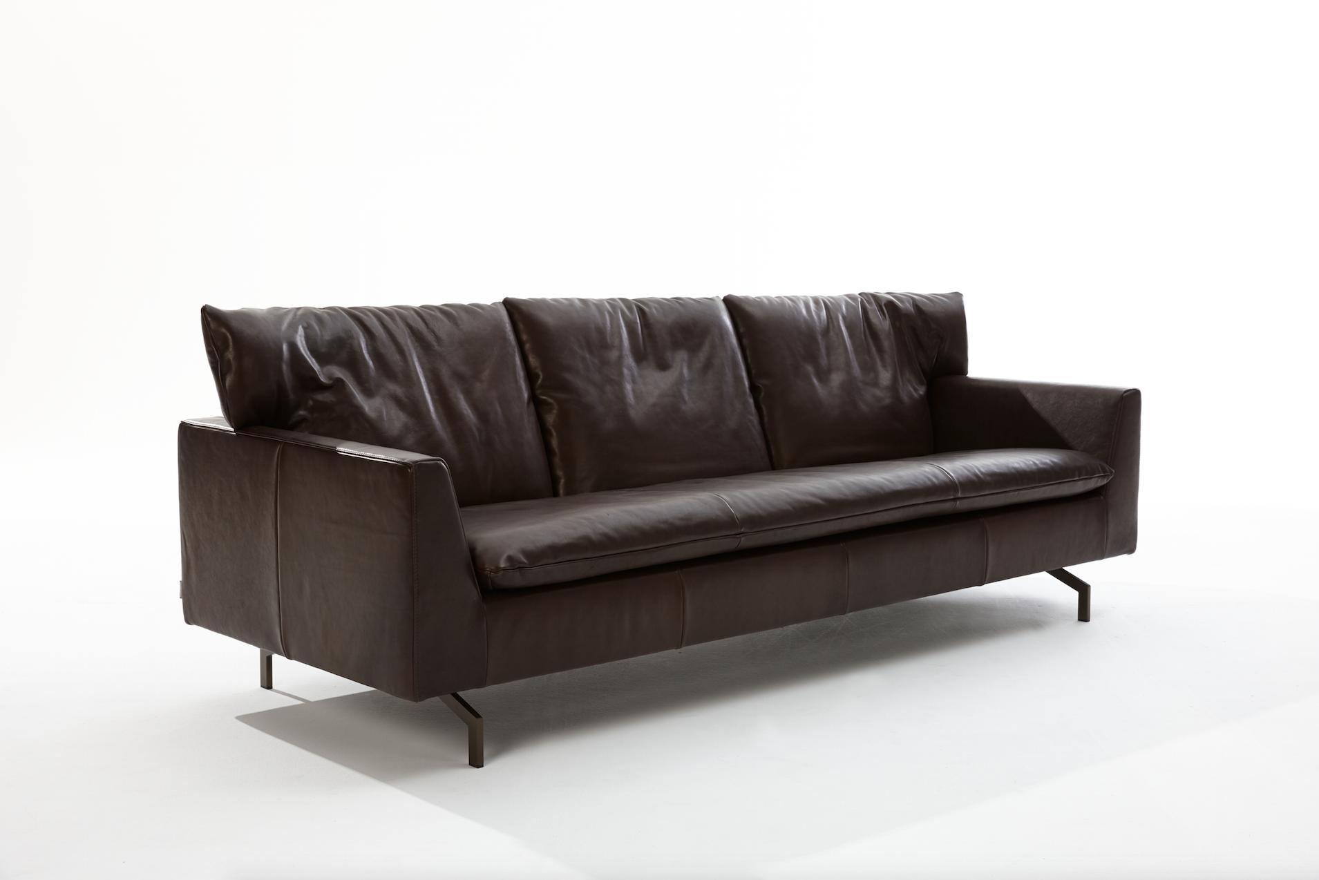 Label Cameo Leather sofa