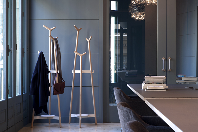 Forc Coatstand by Mobles 114