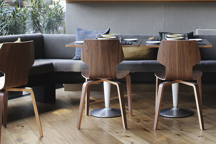 Gracia Wood chair from Mobles 114