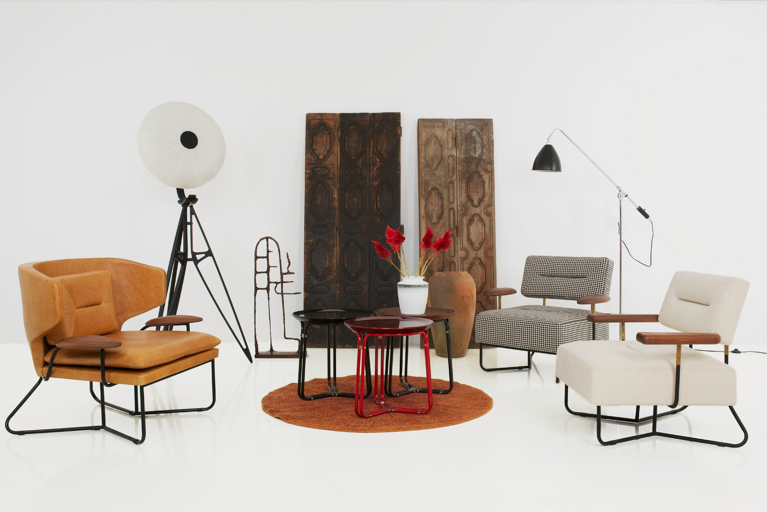 Stellar Works Chillax Lounge and Chillax table