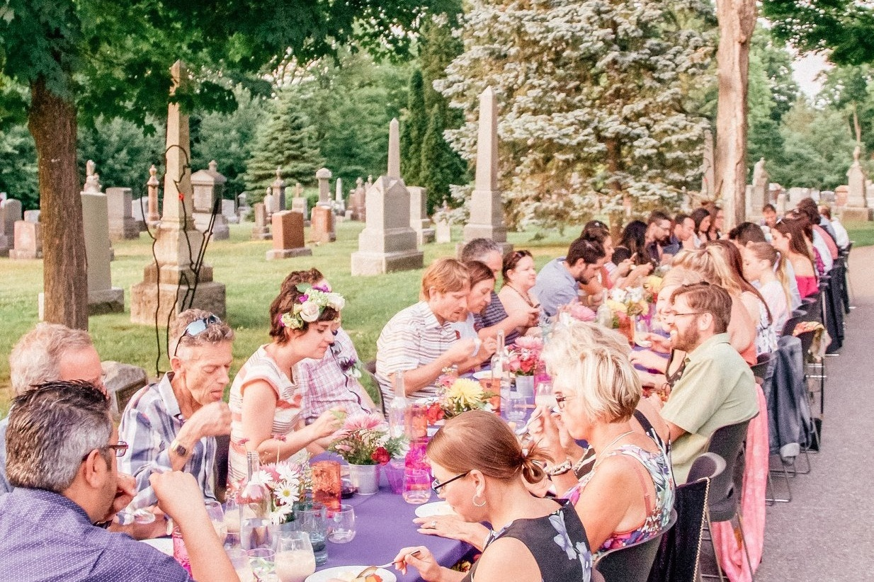 Secret Dinner Photos - Things To Do was invited out to 'The Poets at Beechwood Cemetery' (a Secret Dinner) and I was able to take some photos that were shared online.
