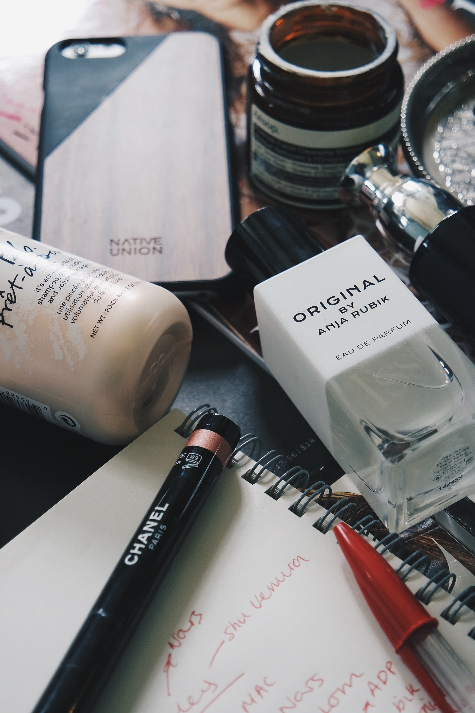 THATGRACEGIRL | 11 BEAUTY PRODUCTS EVERY 20-SOMETHING SHOULD OWN