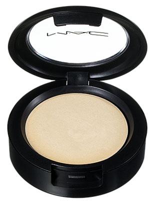mac-cream-colour-base-pearl-en.jpg