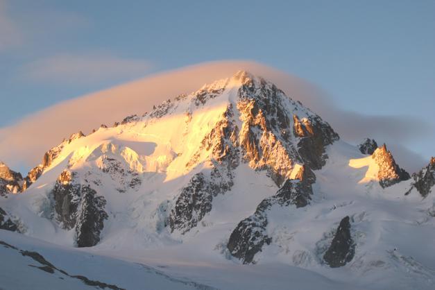 L'Aiguille Du Chardonnet at dawn