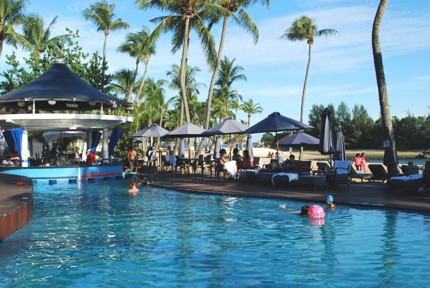 Mambo Beach Bar, Siloso Beach
