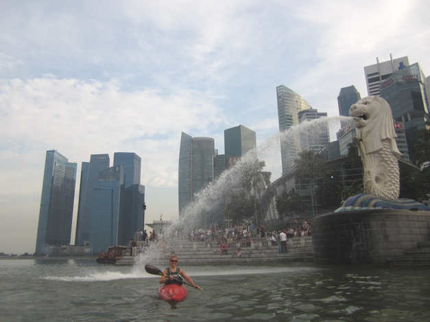 Time to get wet under the Merlion