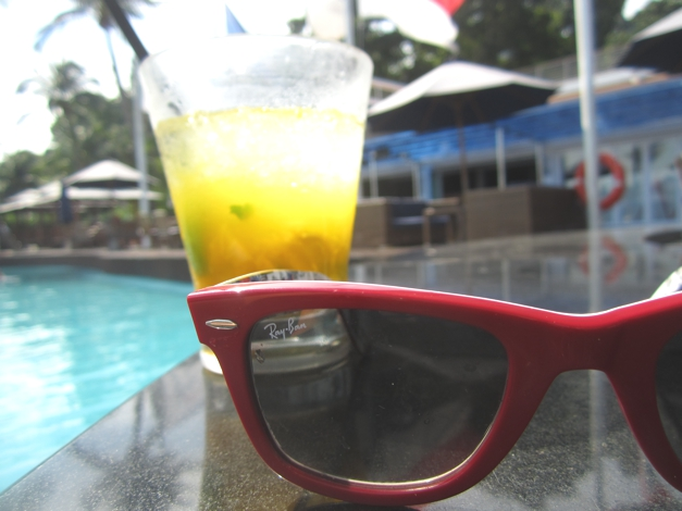 Shades and Mango Mojito - what more can a girl want?