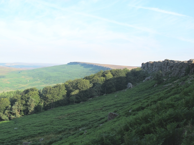 Stanage Edge goes on for 7 miles