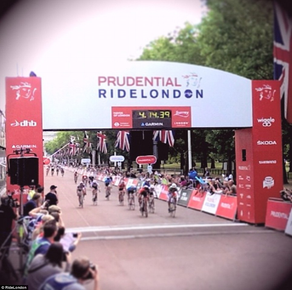 The first cyclists to finish RideLondon