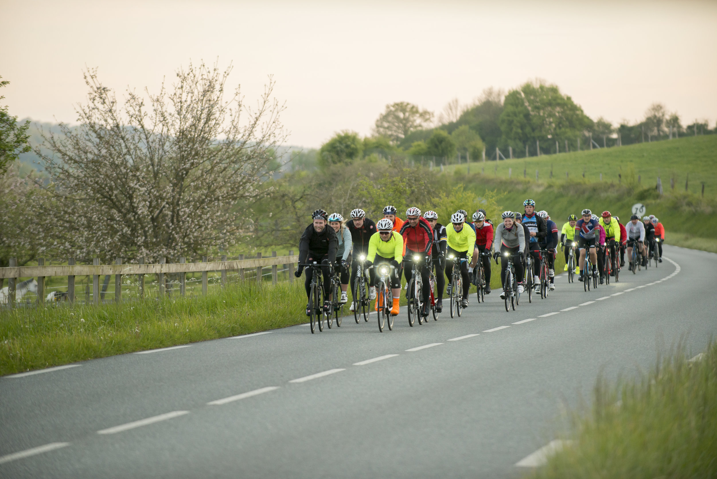 Cycling London to Paris in 24 hours. Challenge Sophie Sportive