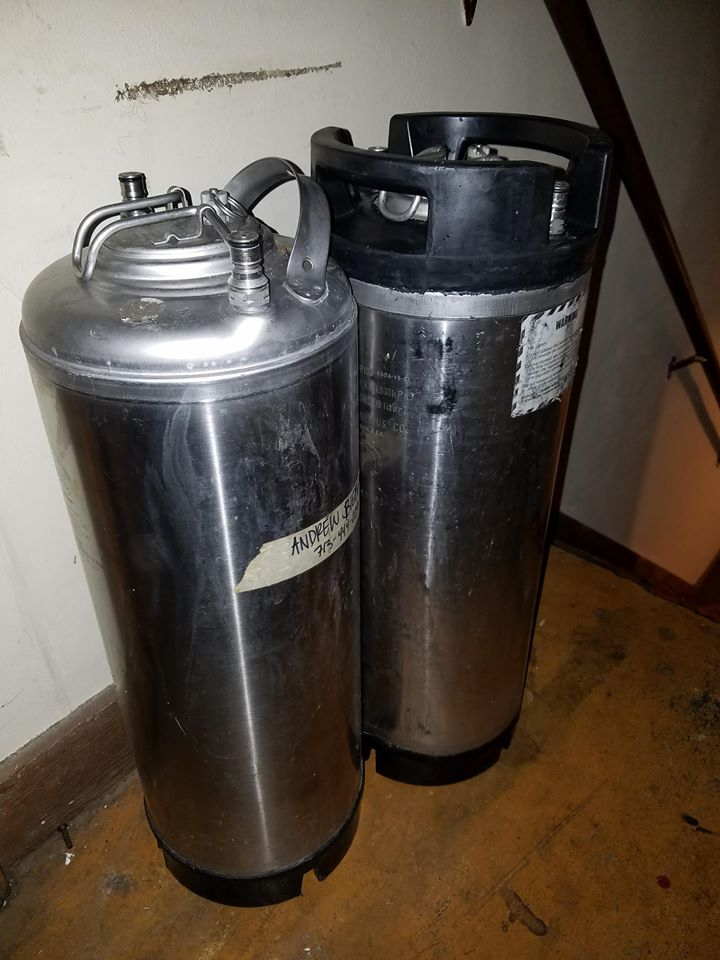 They're dinged up, but the price was right. 5 5 gallon corny kegs right where I left them... in the stairwell....
