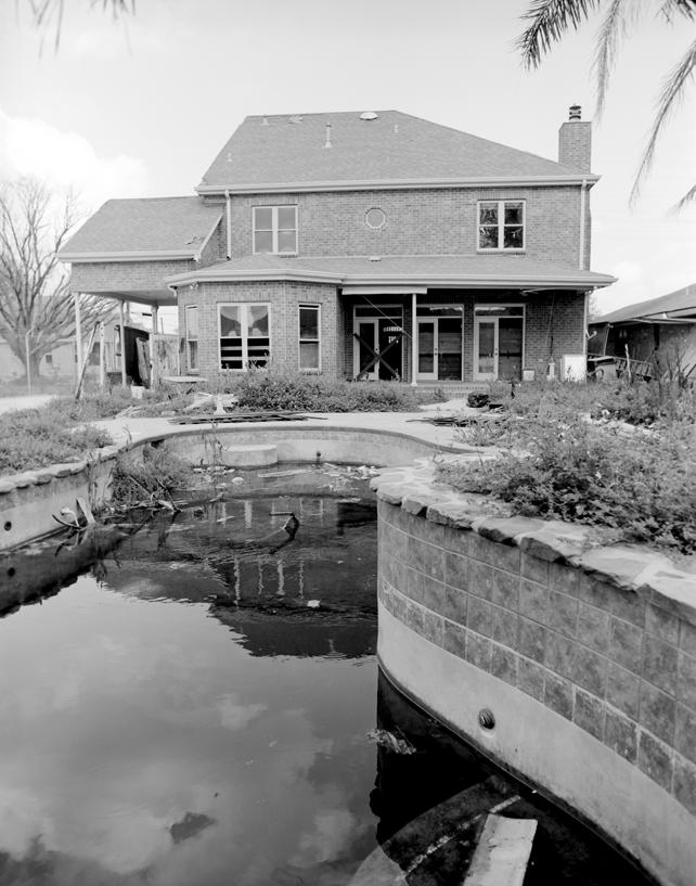 03-28G House with Pool8.jpg