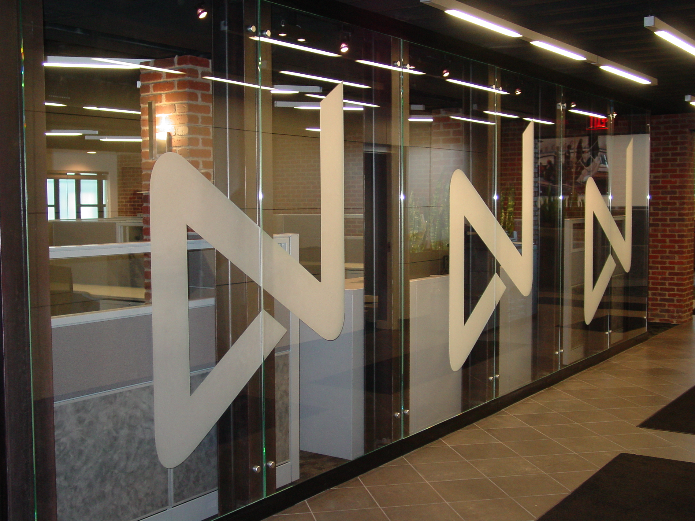 Glass Wall 3.jpg