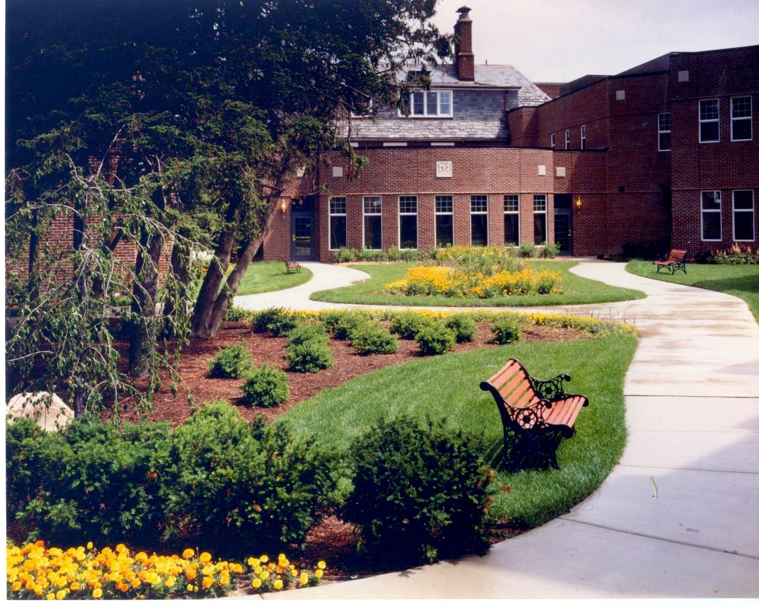 Botsford Memorial Garden_Meadows 98-A7.jpg