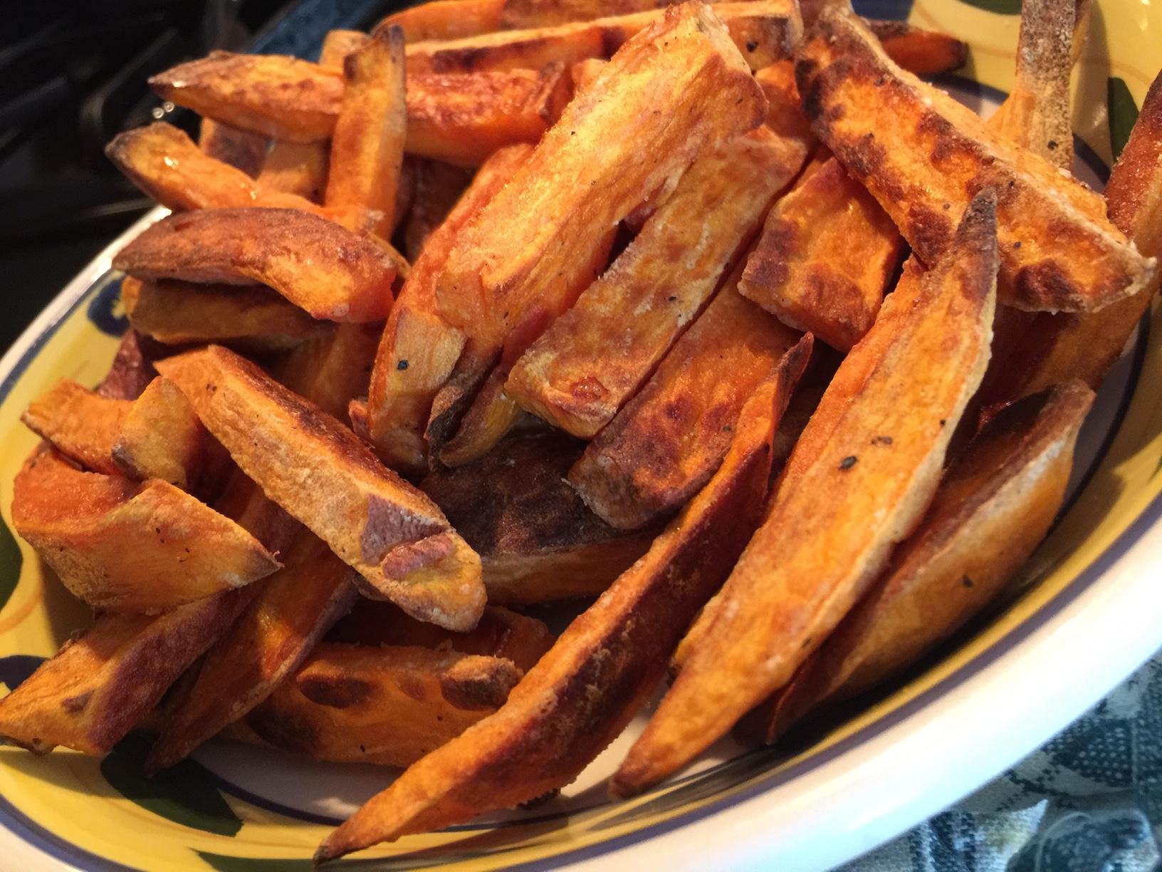 eating_understood_baked_french_fries.JPG