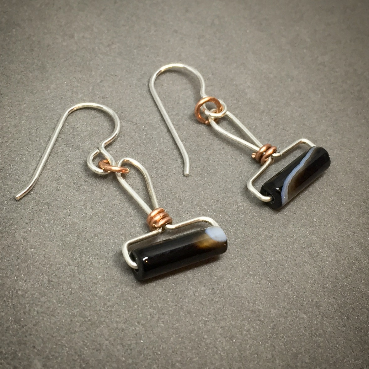 Sterling silver, copper and onyx/black agate brayer earrings