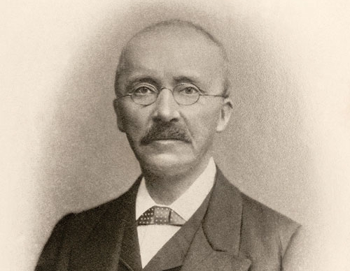 Heinrich Schliemann, the man who dreamt of discovering the historical troy