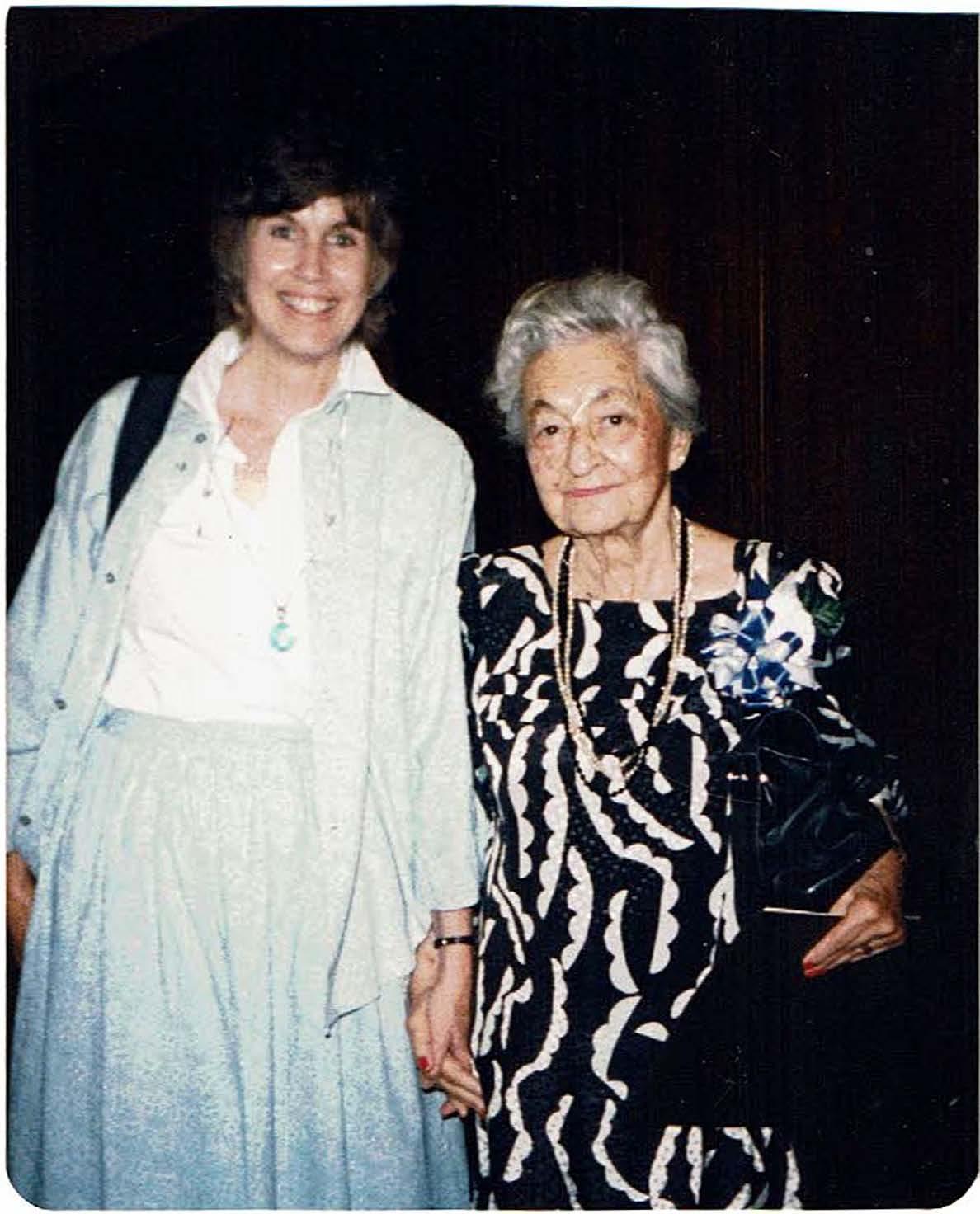 Judy Sutherland (L) and Sadie Driekurs (R)