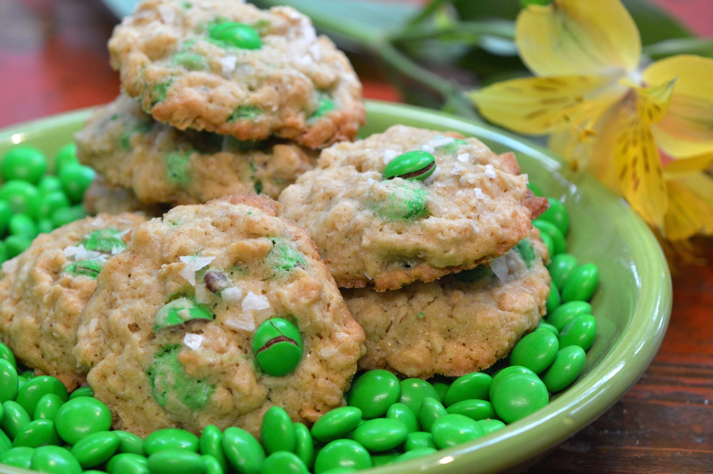 st.paddy's oatmeal chocolate cookie www.cookingbydeisgn.com all rights reserved 2015 copyright 2015