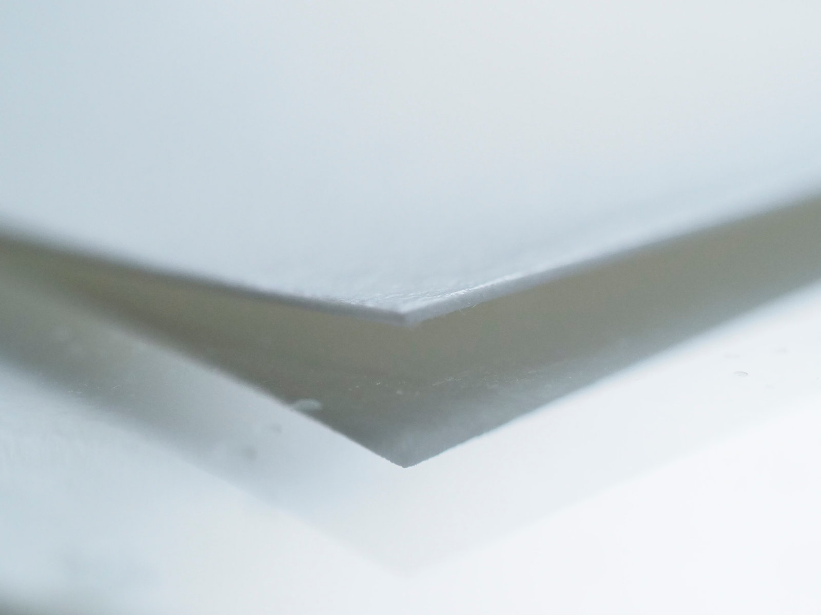 Print lifting from the acrylic plate