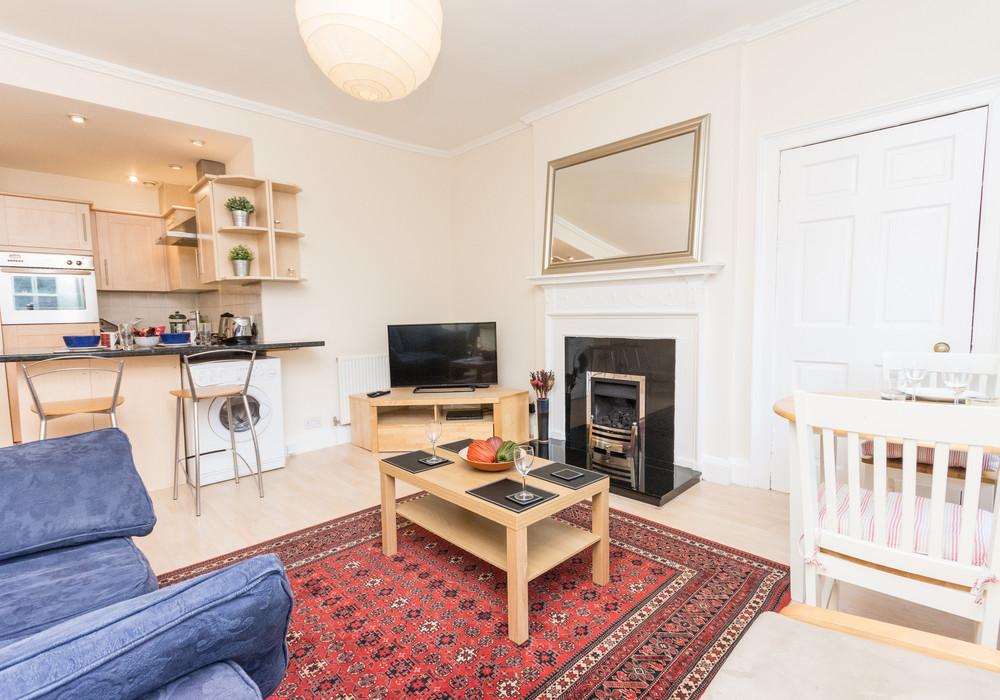 386258-thistle-street-1-bedroom-apartment-3.jpg