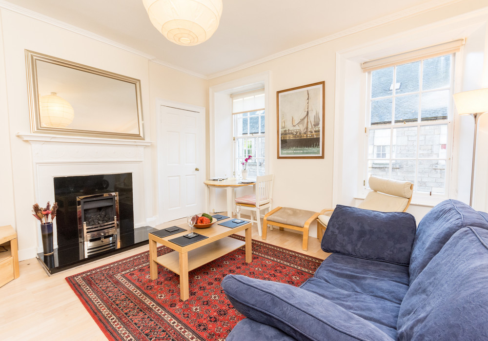 386263-thistle-street-1-bedroom-apartment-8.jpg