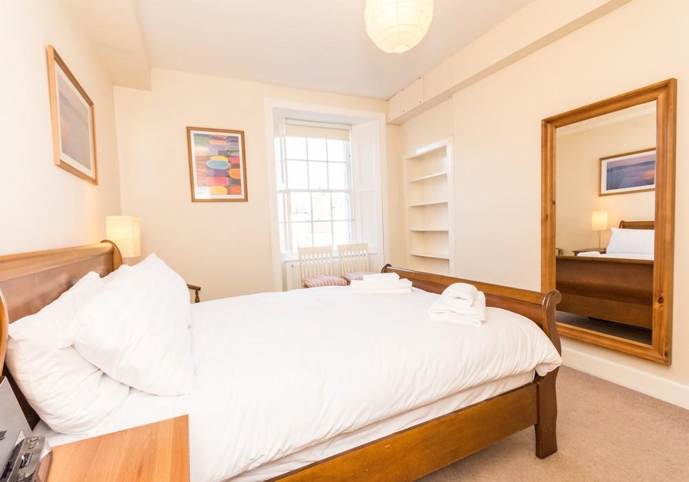 386268-thistle-street-1-bedroom-apartment-13.jpg