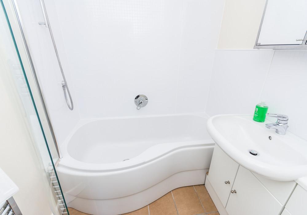 386276-thistle-street-1-bedroom-apartment-21.jpg