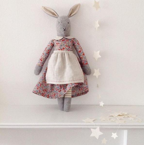 Mrs Rabbit - Light Grey