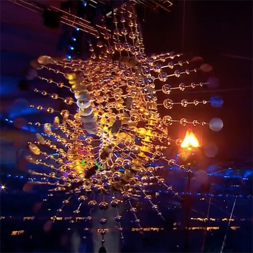 2016 Olympic Cauldron Cloud Light IV by American kinetic wind sculptor Anthony Howe (image found on NOTCOT.org)