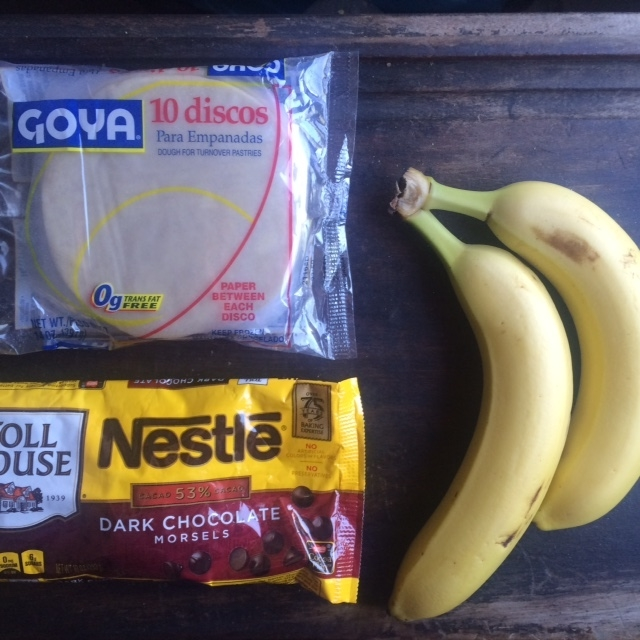 bananas choc and discos.JPG