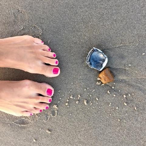 ma toes.jpg