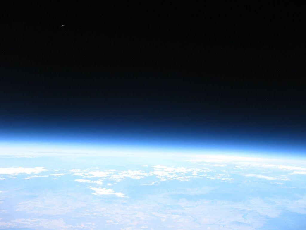 spaceearth2.jpg