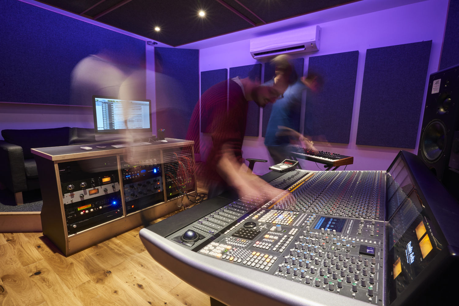 MUSIC PRODUCTION & SOUND ENGINEERING -